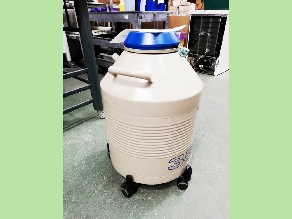 Taylor Wharton HC35 High Capacity Liquid Nitrogen Dewar, 10-033-01-0023, on Wheeled Base and with Si
