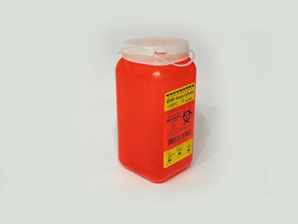 BD Sharps Collector Biohazard plastic container. Volume 90x90x200