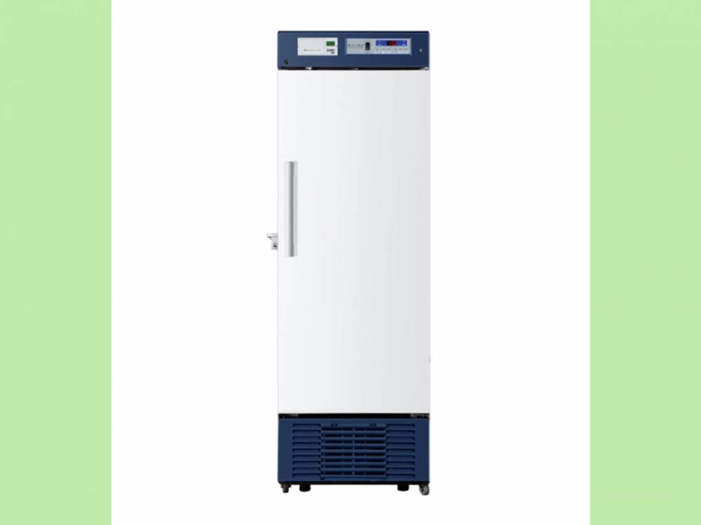 Pharmacy Refrigerator, Upright with glass door. 390litres. USB interface.